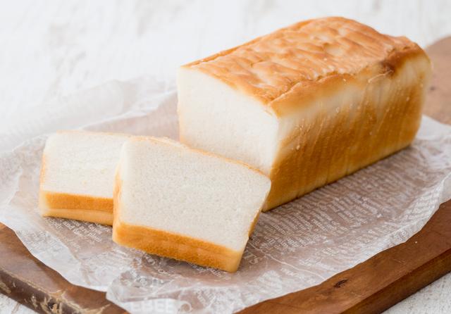 米粉パンは小麦粉パンよりもカロリー控えめ!製パン用の粉別の特徴