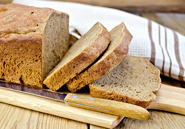 食パンの切り方でおいしさアップ!上手に食パンを切るコツ