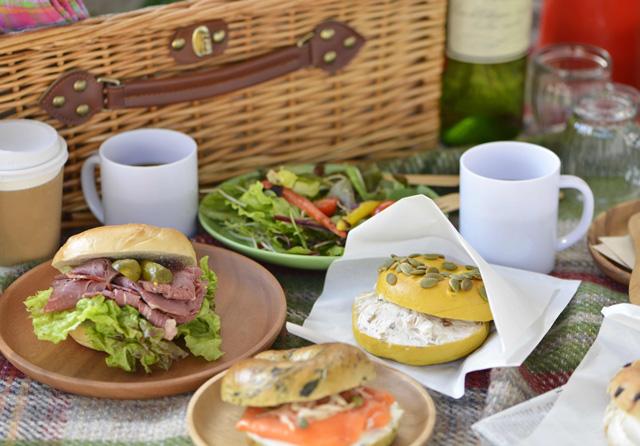 お弁当にもパンを♪フランスパンやバターロールでサンドイッチを作ろう。