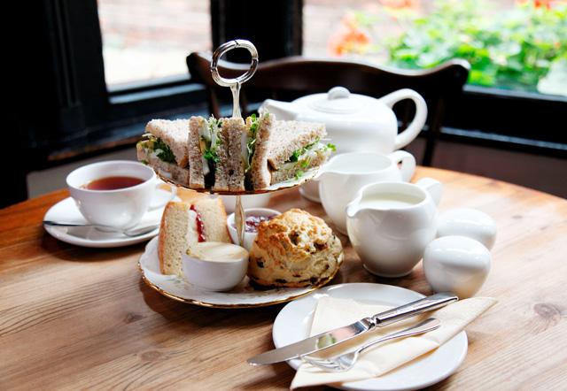 アールグレイなどの紅茶やハーブティーに合うパンを探そう