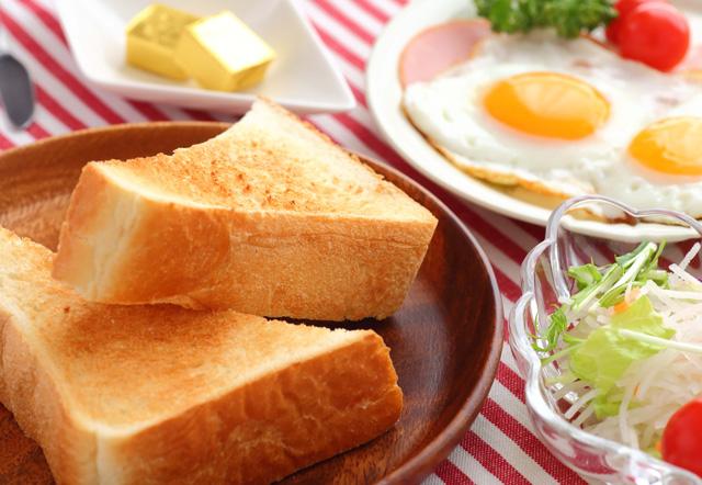 美味しいトーストを焼きたい!フライパンや焼き網を使った焼き方まとめ