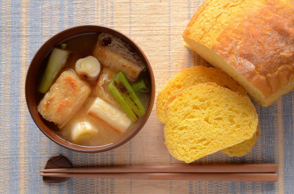 【一汁一ぱんのすすめ】焼きネギの味噌汁