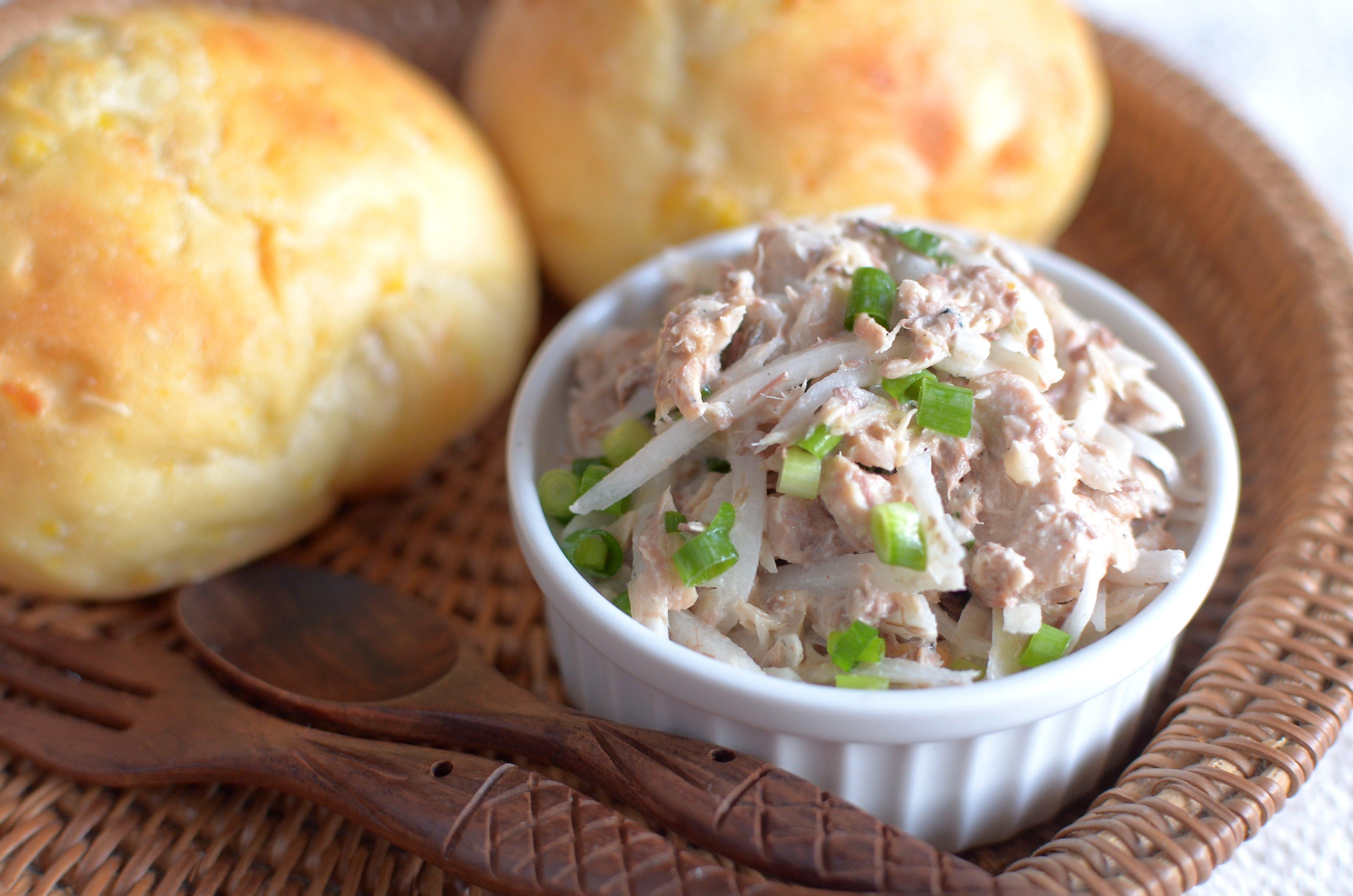 【ぱんのおかず】鯖缶と大根のサラダ